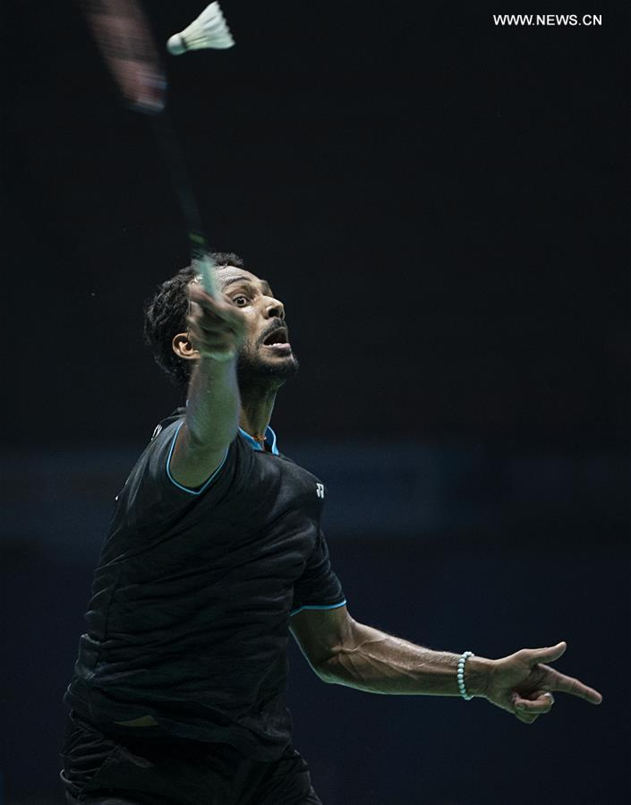 Highlights of men's singles qualification match at Badminton Asia Championships