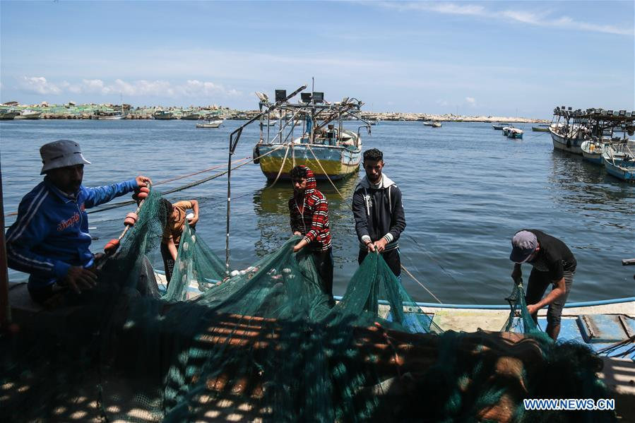 Israel loosens restrictions on Gaza fishermen