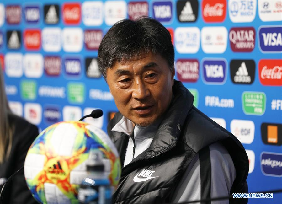 Chinese coach Jia expects more players to show in overseas leagues