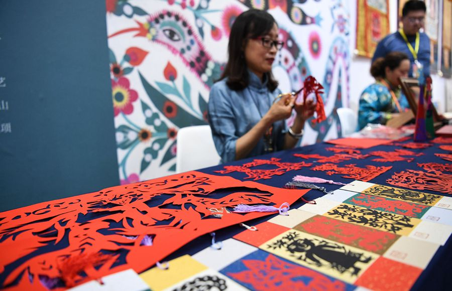 Intangible cultural heritage fair starts in S China