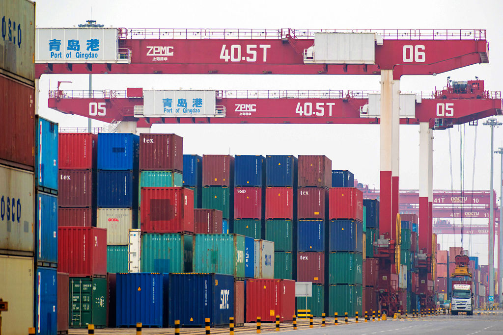 China's foreign trade up 3.9 pct in H1