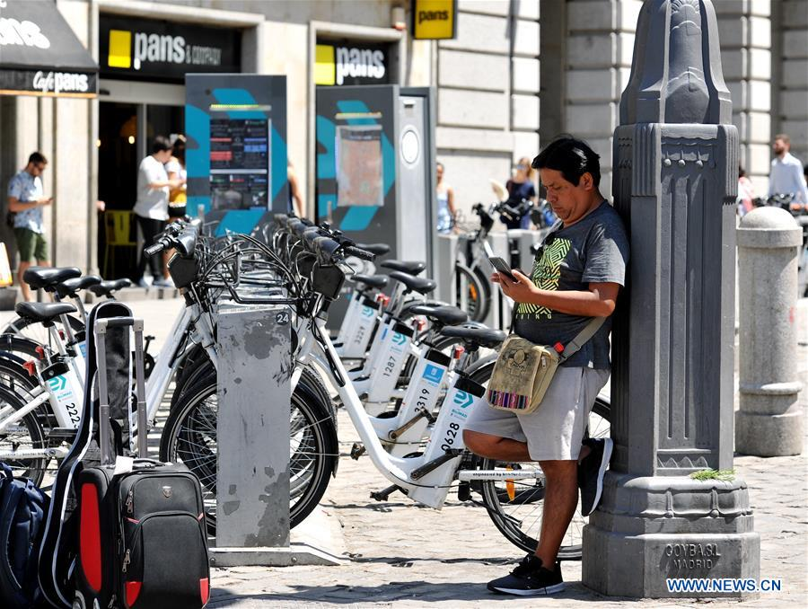 Heat wave hits Madrid, Spain