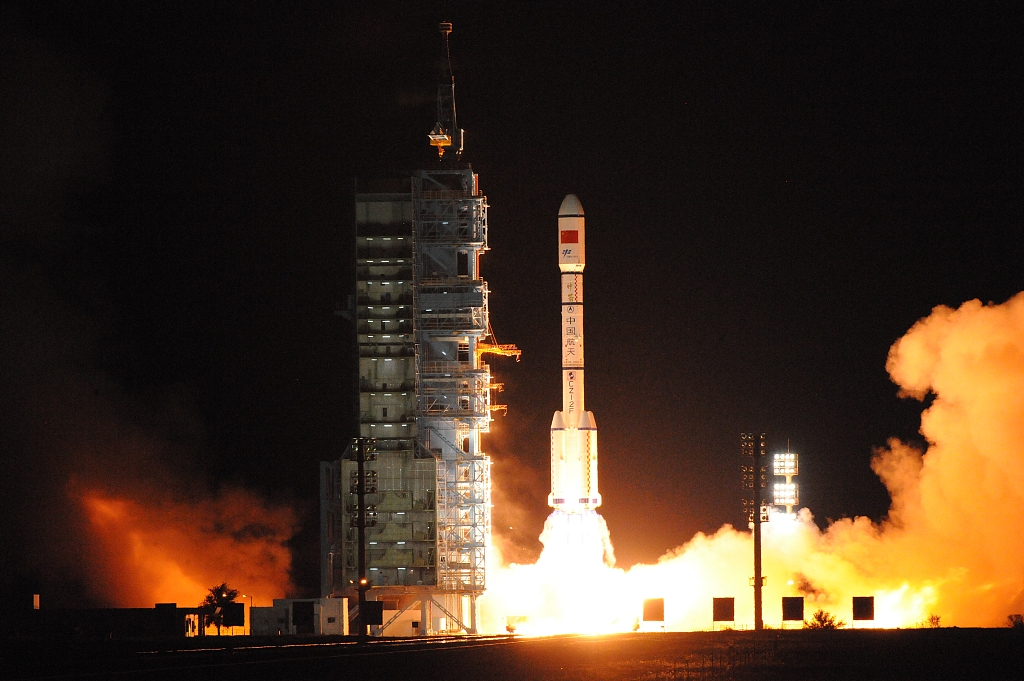 China's Tiangong-2 space lab to re-enter atmosphere under control