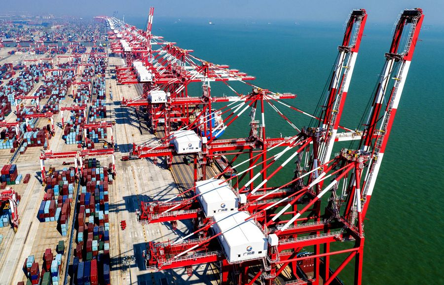China's trade growth stable in H1 with shifting driving forces