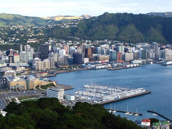 Migration helps boost New Zealand total population