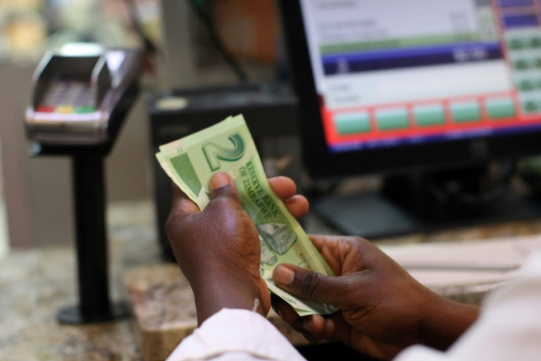 Zimbabwe inflation rate soars to 175 pct