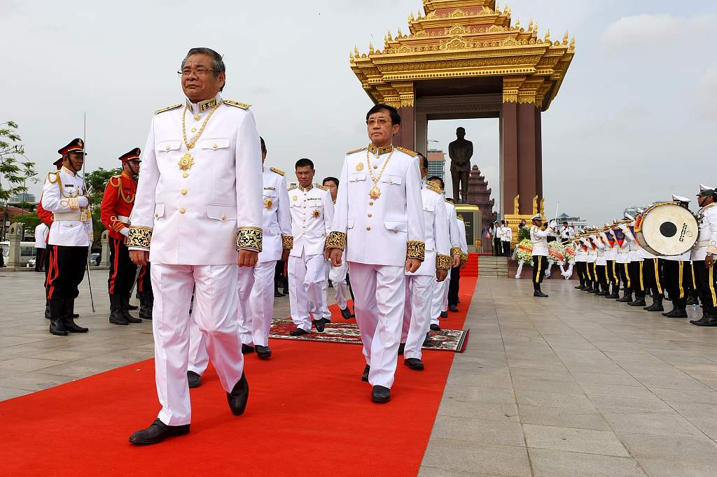 Cambodian deputy PM visits construction site of China-funded medical building