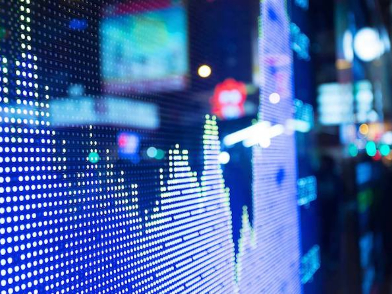 Chinese shares end mixed at midday