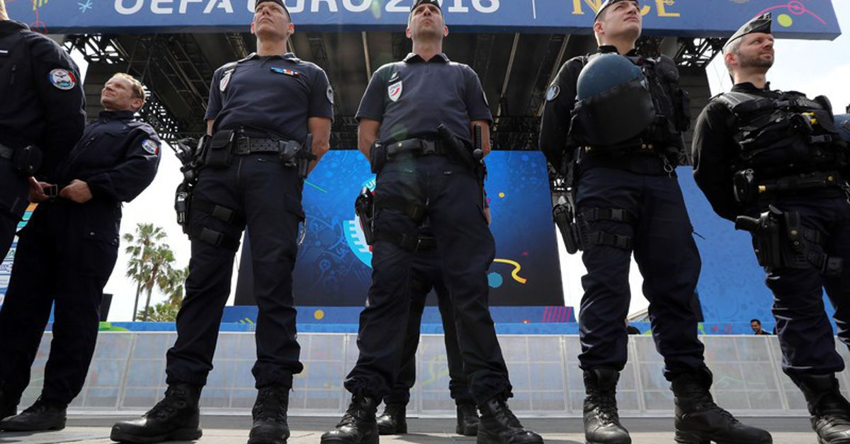 Italy police deal blow to 'violent' Nigerian mafia