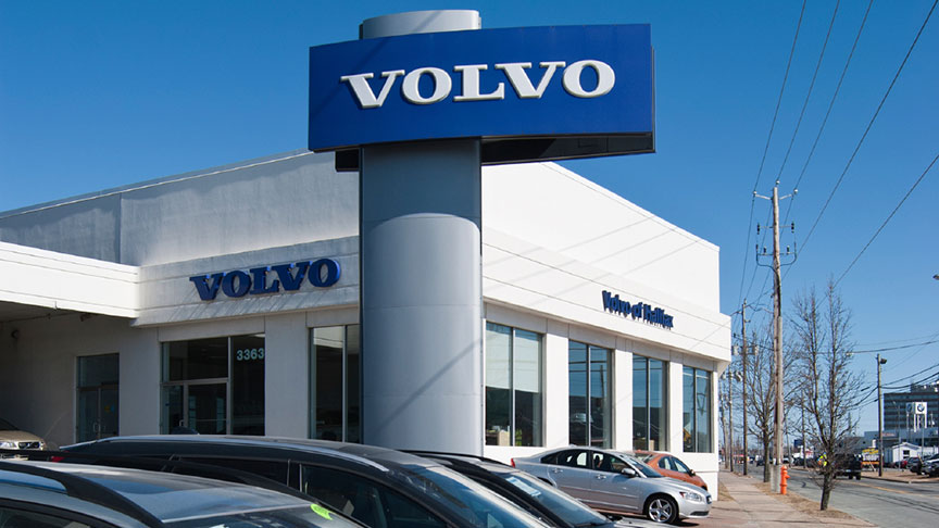 Volvo Cars defies slowing market to hit record sales