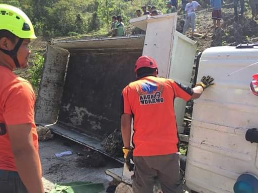 11 children killed, over 20 injured in truck crash in C Philippines