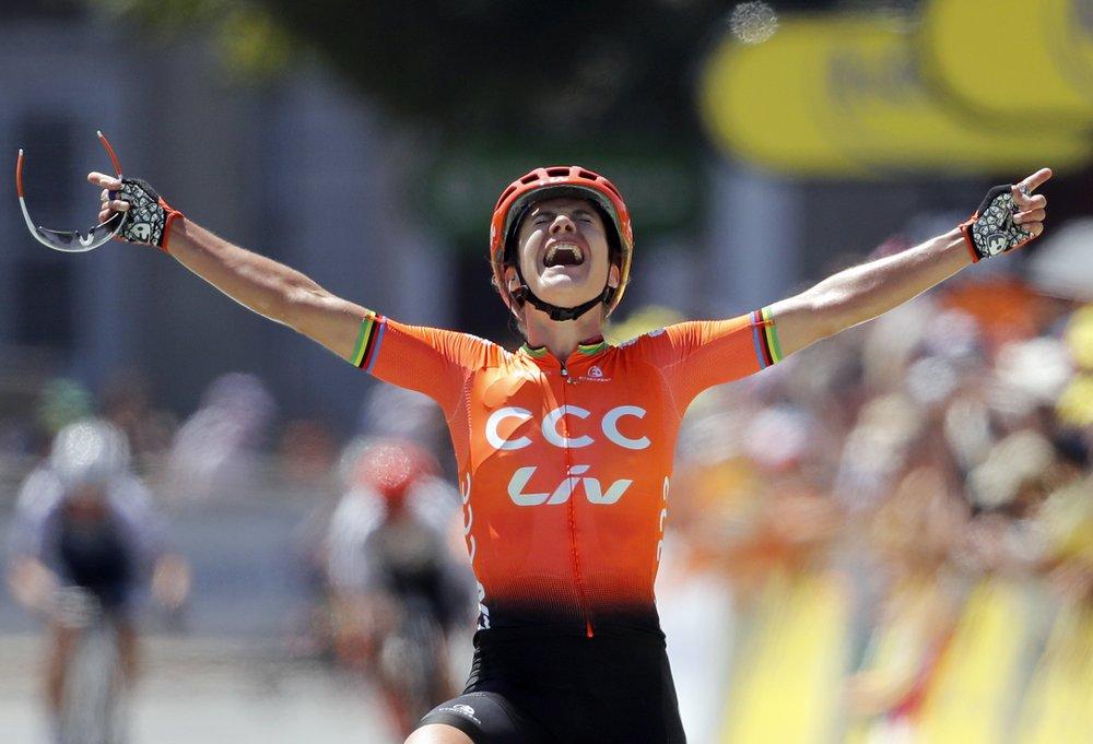 Vos wins La Course, still no women's Tour de France planned