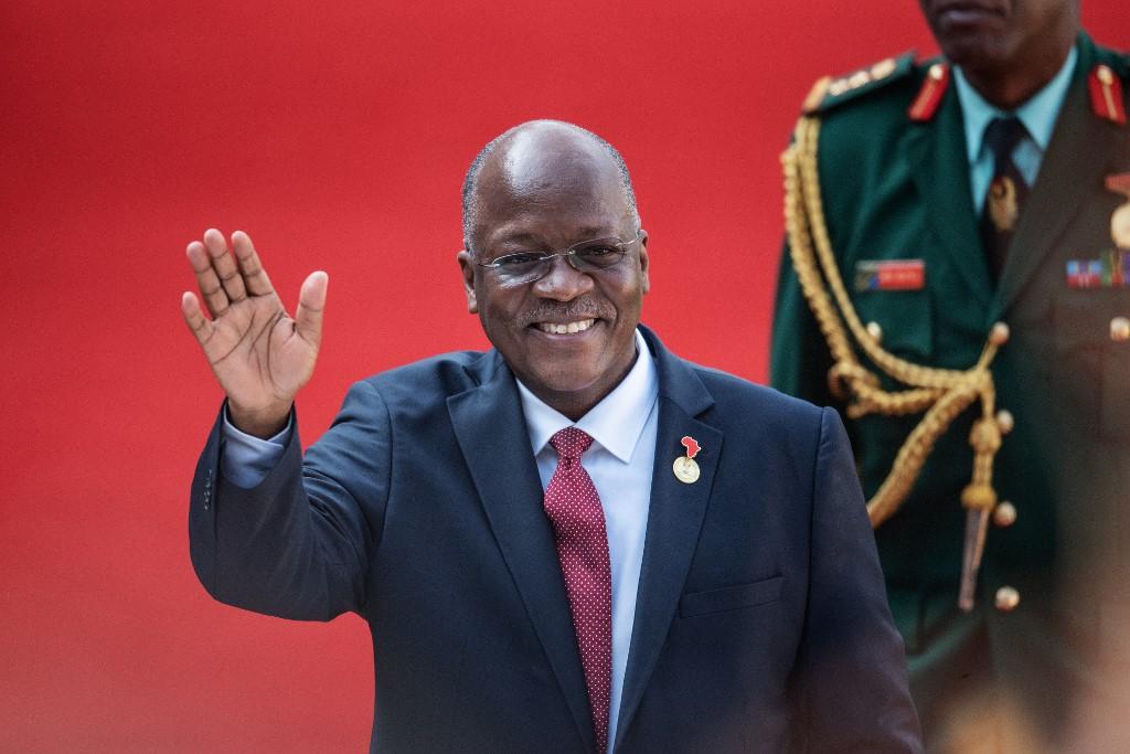 Tanzanian president sacks environment minister