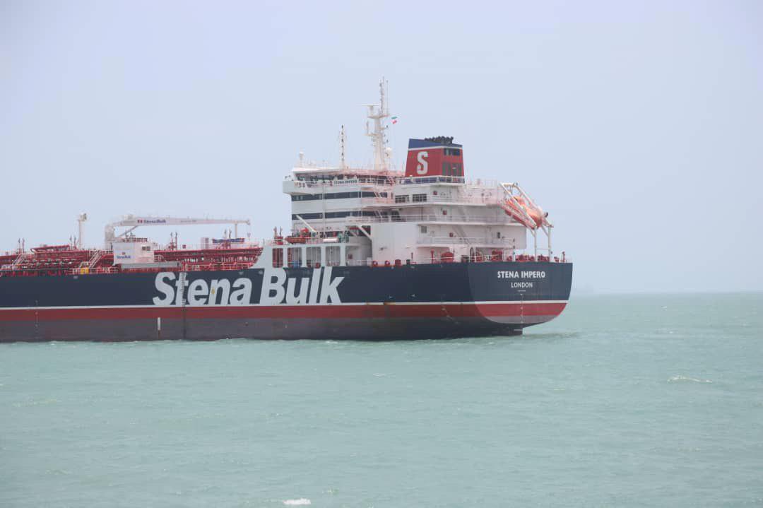 All crew of captured British oil tanker safe - media report