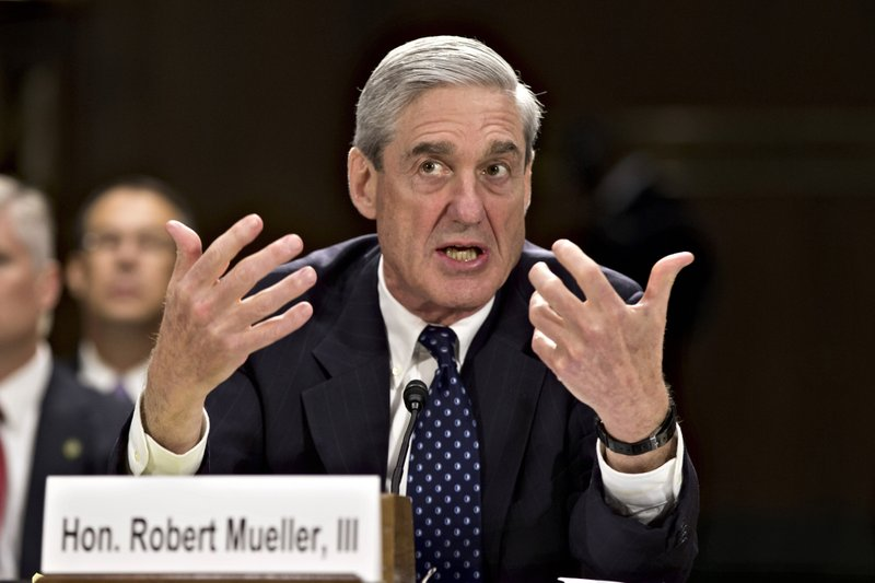 Mueller's testimony poses risk for Trump, but also Democrats