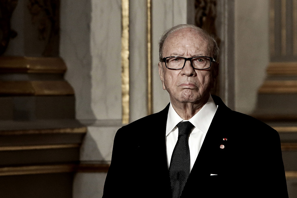 Tunisian president dies at 92