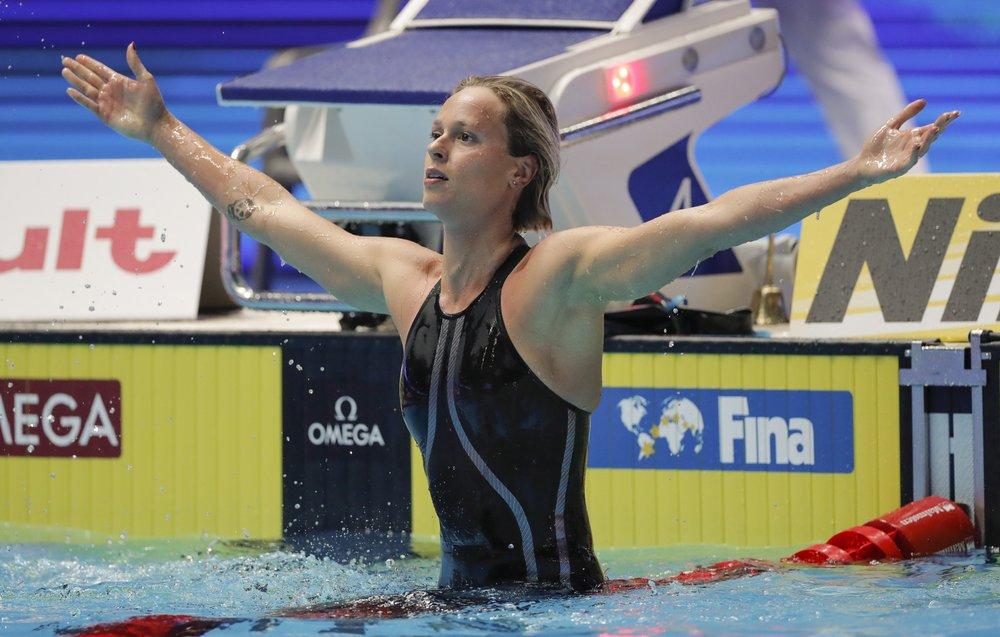 Viva Federica: Pellegrini wins 8th world medal in 200 free