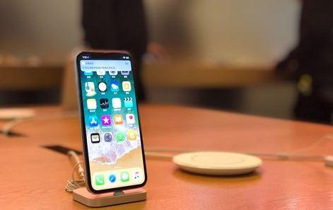 Apple seeks tariff waivers amid trade war tensions