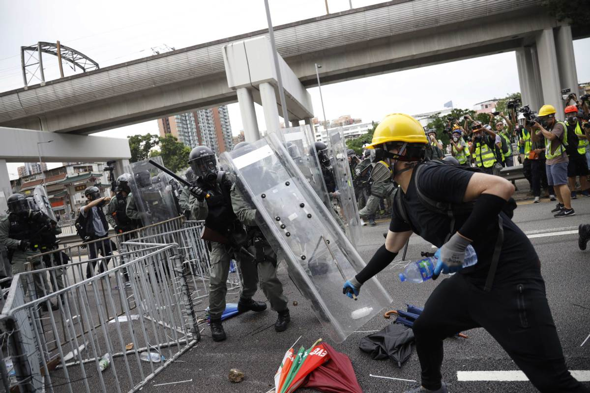 Continued violence worries many in Hong Kong