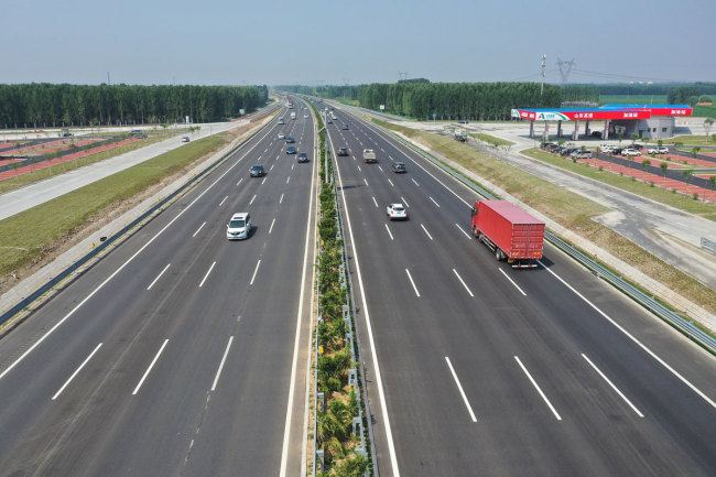 East China's Shandong welcomes its first 8-lane expressway