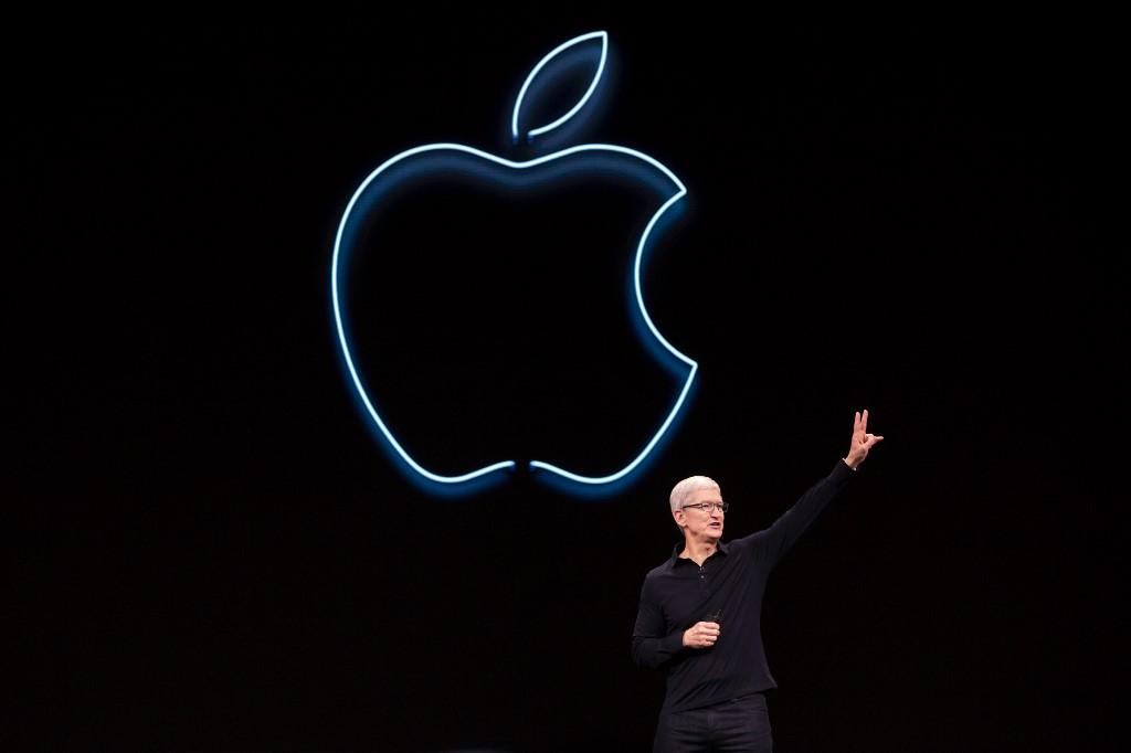 Apple sets record quarterly revenue of 53.8 bln-USD in Q3 results report