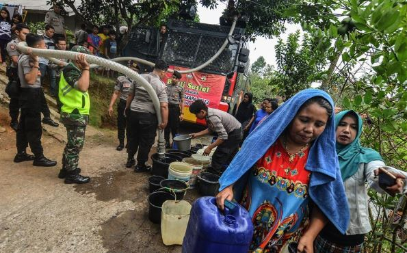 Twenty-eight provinces in Indonesia under drought spell