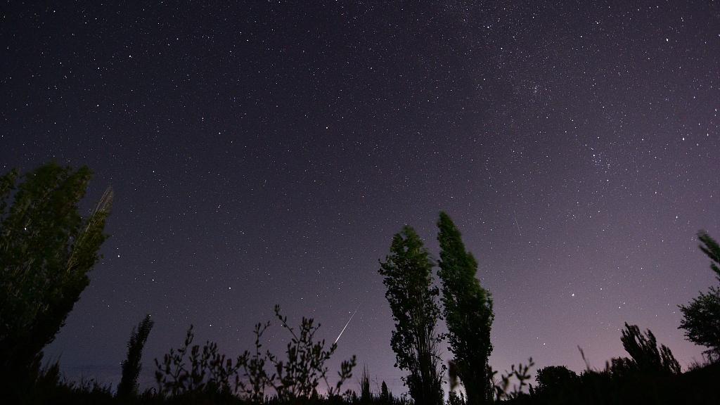 Alpha Capricornid meteor shower captured in China