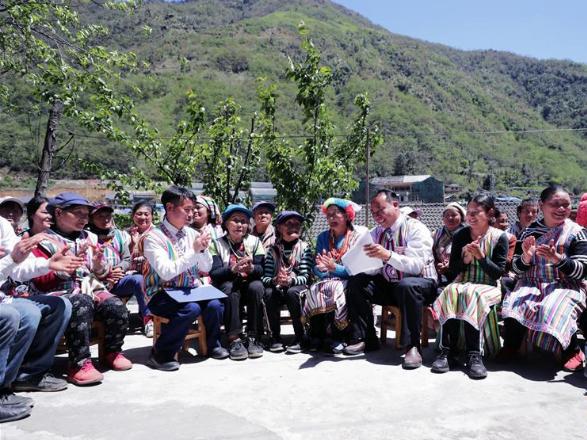 Xi's letters uplift minority ethnic group
