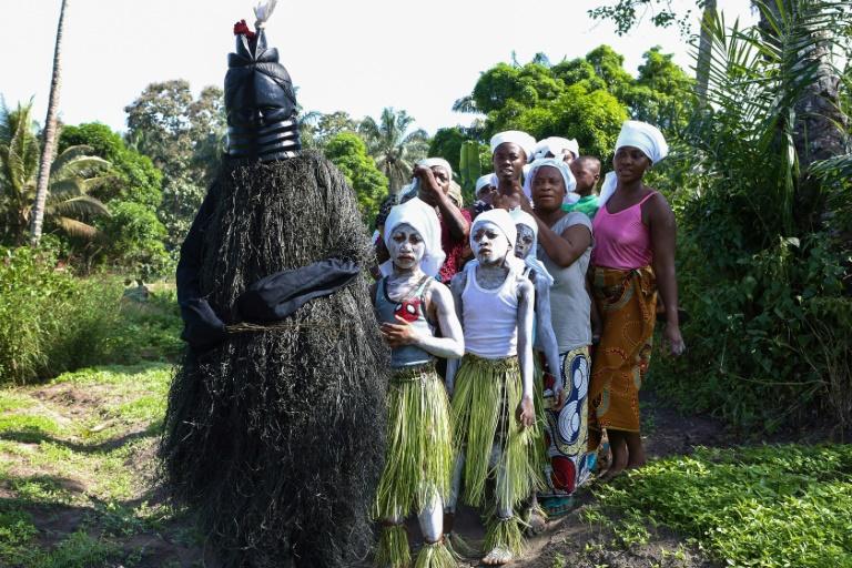 Sierra Leone's secret societies mark bodies and minds