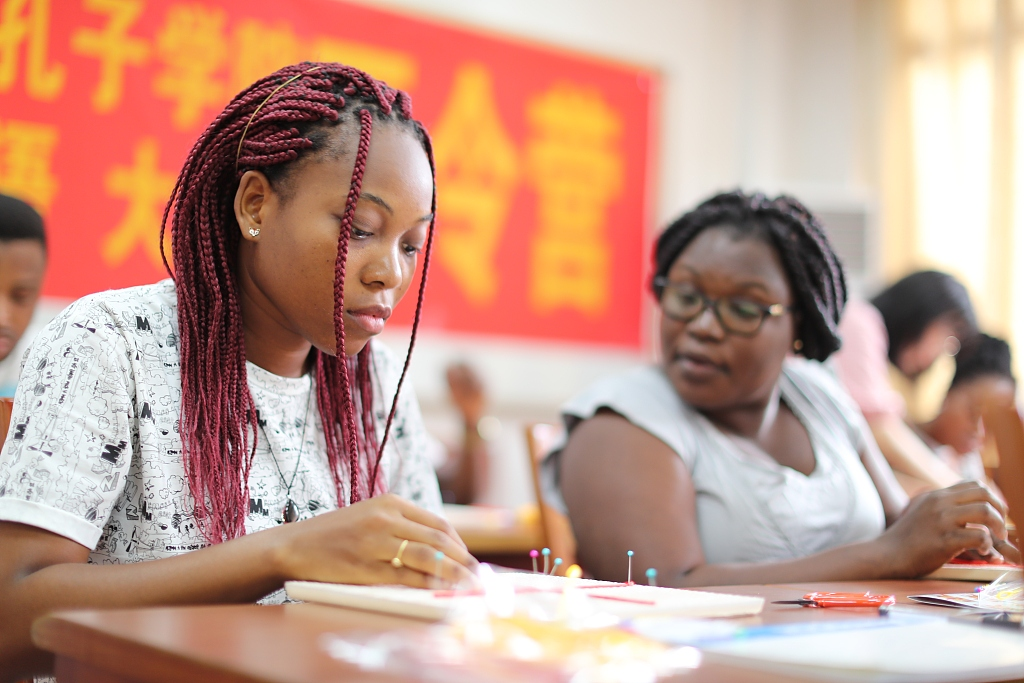 September 17 declared South African Chinese Language Day