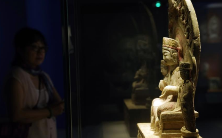 Buddhist statue exhibition held at National Museum of China in Beijing