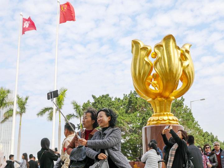 China urges US to stop condoning violent crimes in Hong Kong