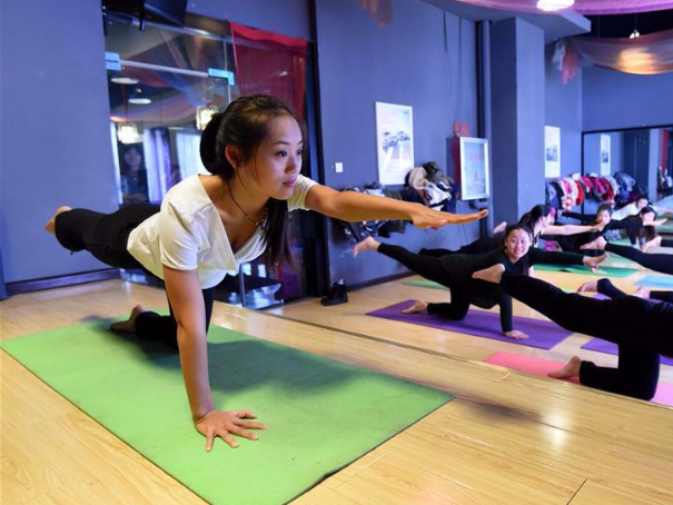 Professional sports and national fitness promote prosperity of sports