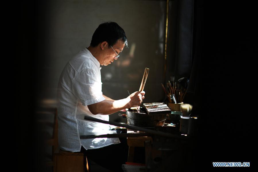 Wengang Brush Pen, intangible cultural heritage of east China's Jiangxi