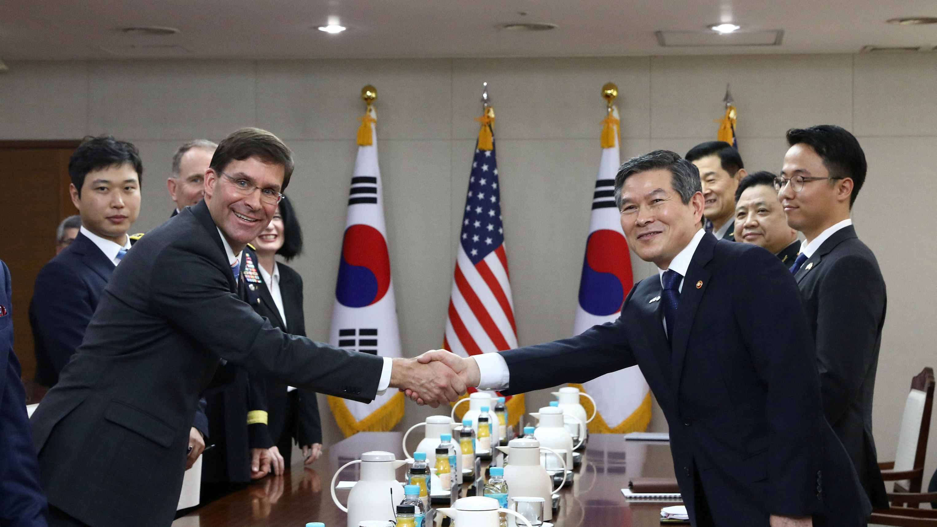 ROK, US defense chiefs vow to support diplomacy for DPRK denuclearization