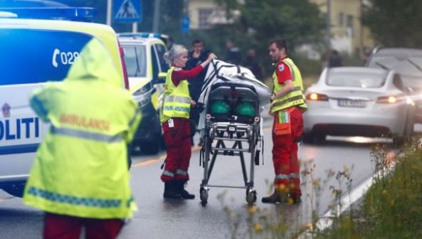 Dead person found after Mosque shooting near Oslo