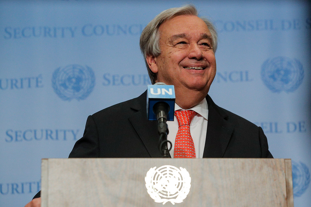 """Youth today facing """"learning crisis,"""" warns UN chief"""