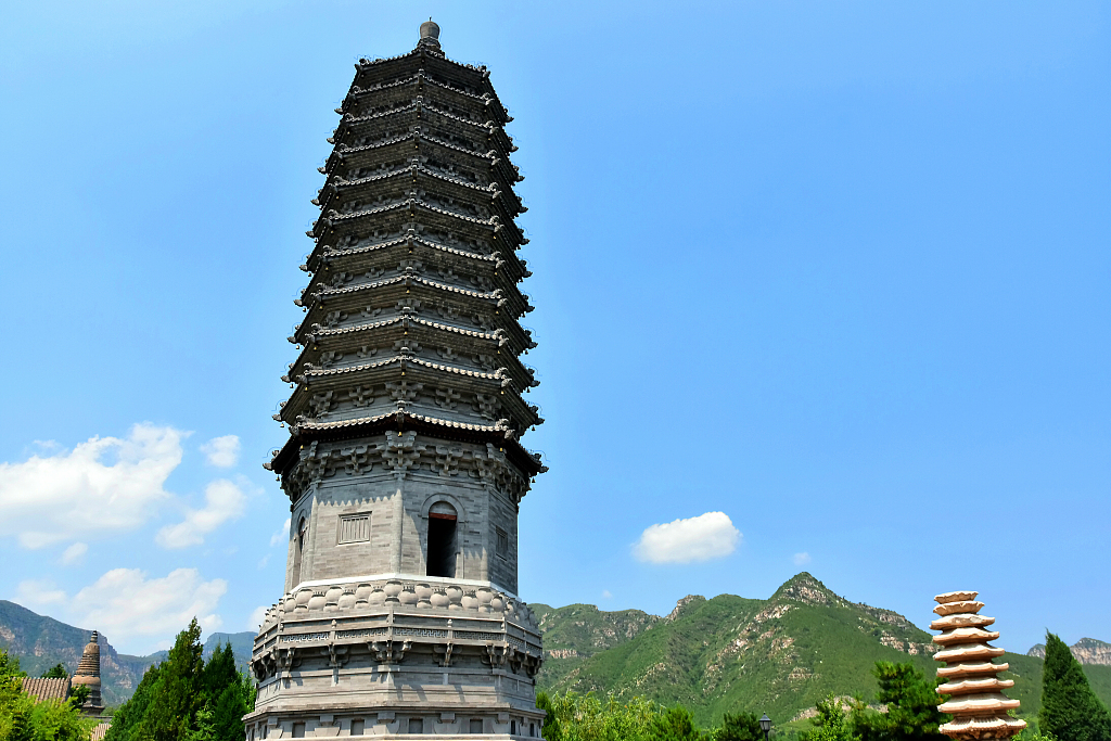 China solicits public opinions for revising cultural heritage law