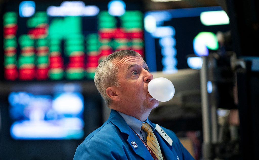 US stocks open lower amid worries over trade, growth prospects