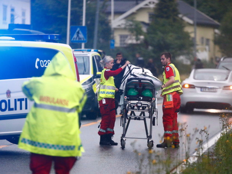 Oslo mosque shooting condemned by public, investigated as terrorist attempt
