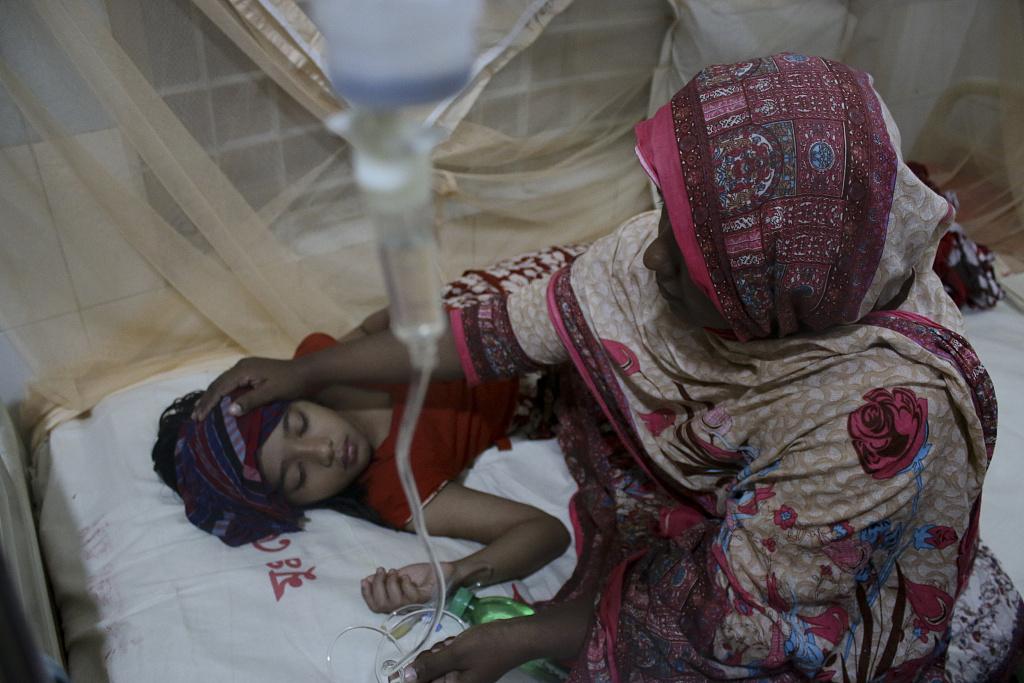 40 dead in Bangladesh's worst-ever dengue outbreak