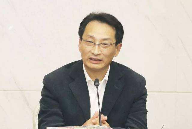 Former national science association official arrested for bribery