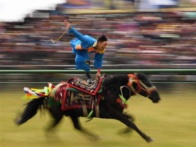 12th Gesar horse racing festival opens in Maqu County, NW China's Gansu