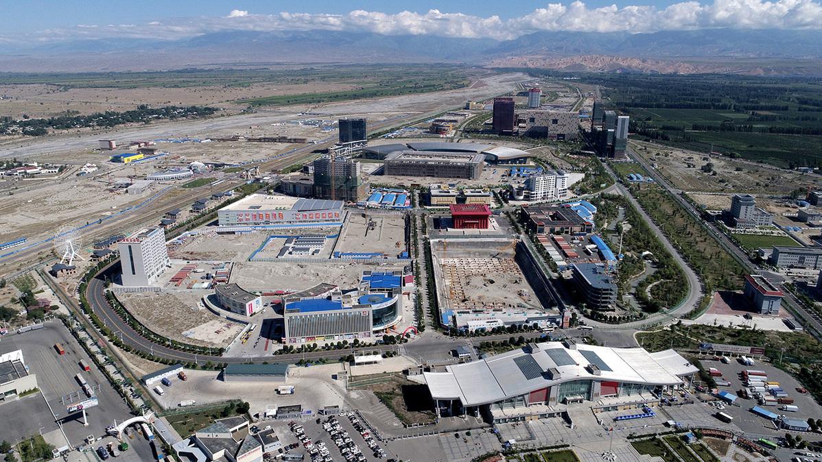 New Silk Road helps wealth bloom in desert