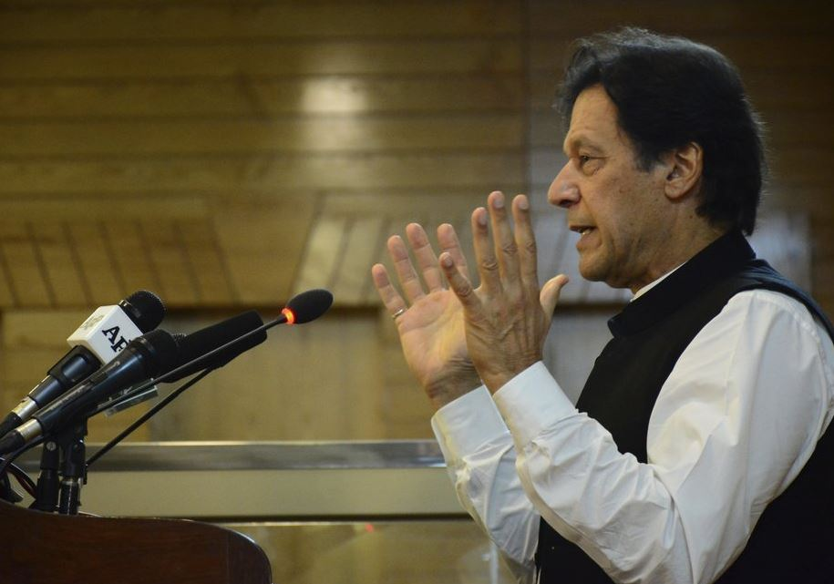 Pakistani PM visits Pakistan-controlled Kashmir amid tension with India