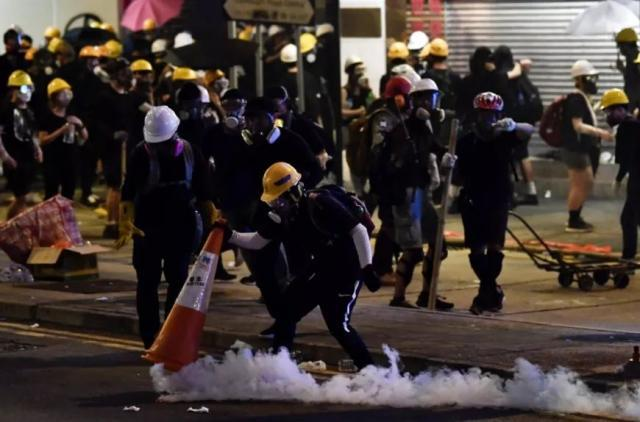 Online petition initiated in Hong Kong for stopping violence