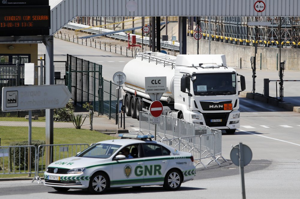 Portugal secures most gas supplies despite truckers' strike