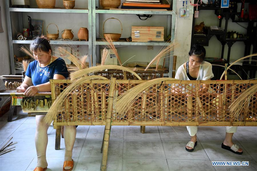 Provincial intangible cultural heritage of China's Anhui: bamboo screen