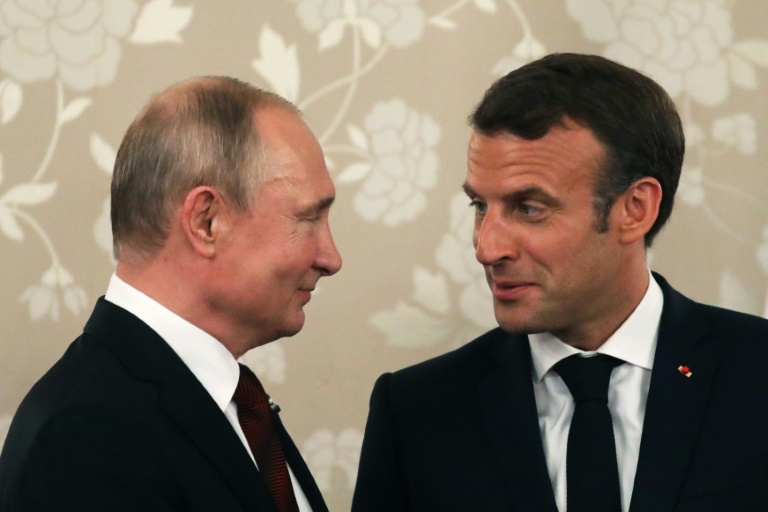 Macron seeks Ukraine progress from Putin in rare pre-G7 talks