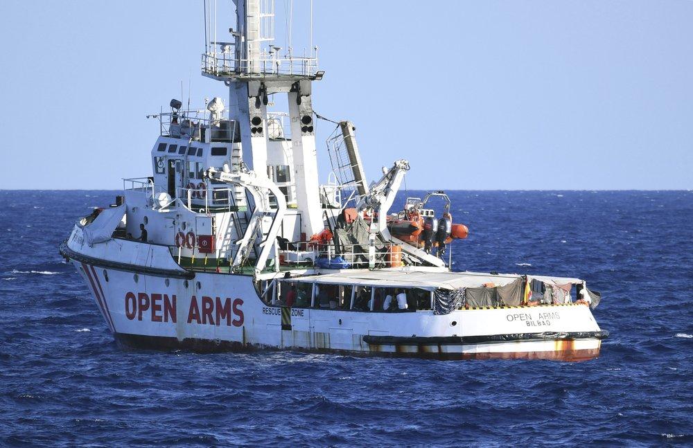 Patience wears thin for migrants stranded off Italian coast
